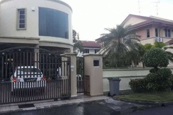 DOUBLE STOREY SEMI-D HOUSE