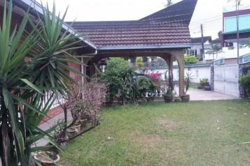 Kebun Teh Bungalow House
