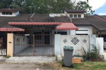 taman abadi ulu tiram single storey