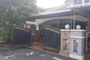 Taman Gaya Single Storey Gated Guarded