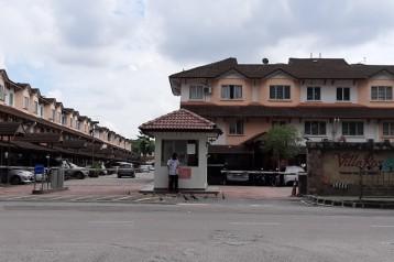 VILLA ROS DOUBLE STOREY TOWN HOUSE